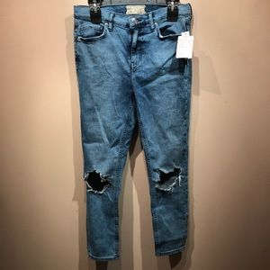 Free People NWT Soft Ripped Jeans Size W30S